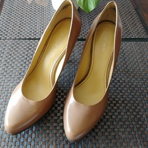 Nine West genuine leather heels.size 9M.